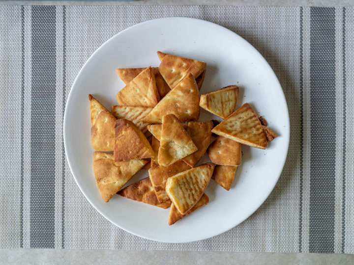 Air fried pita chips
