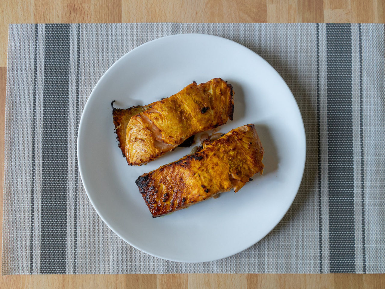 Air fried tandoori style salmon