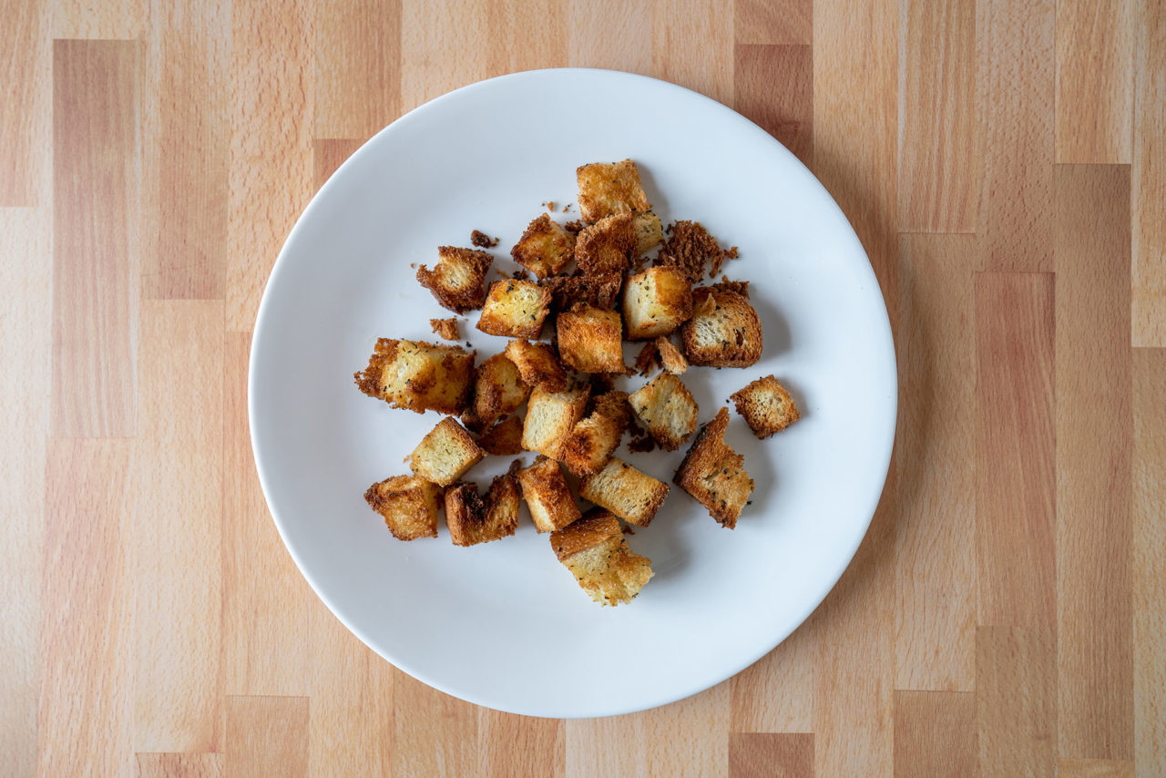 Air fried croutons
