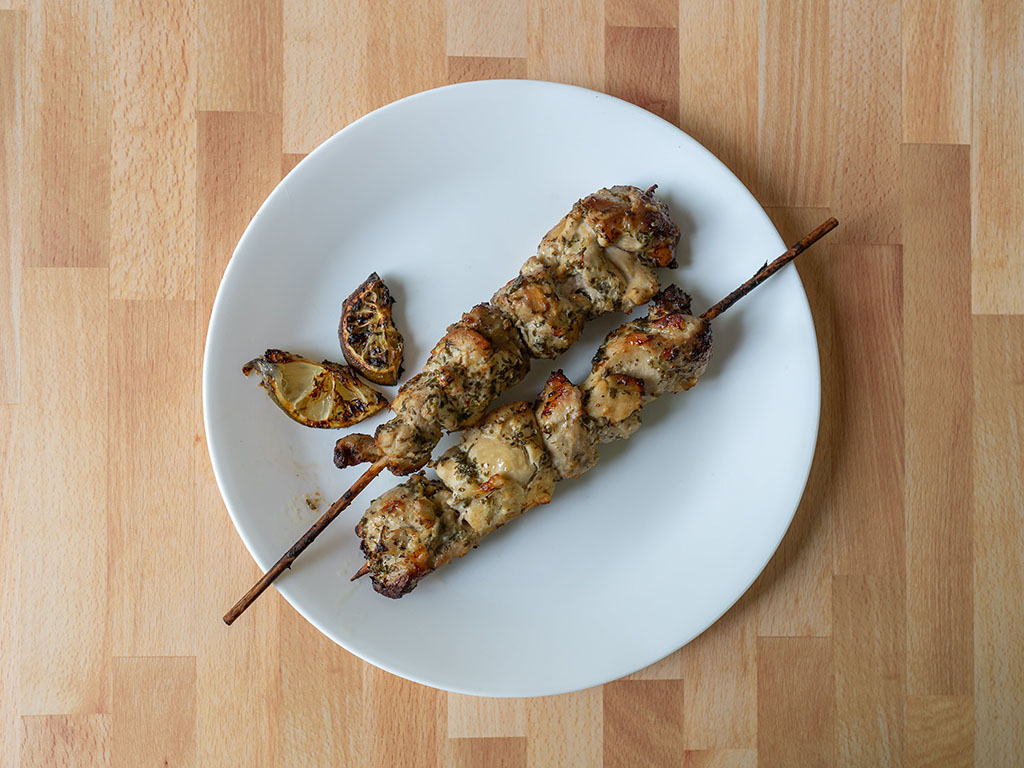 Air fried chicken kabobs